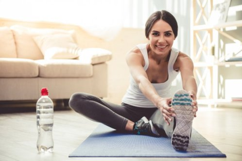 ginnastica-camera-attivit-sportive-casa-tappetino
